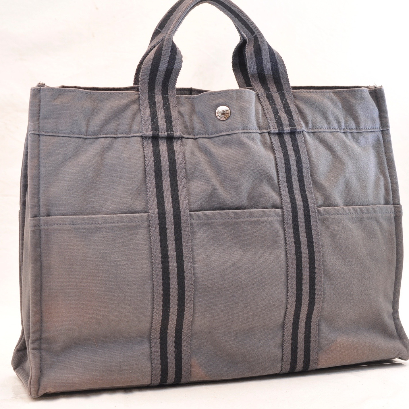 HERMES Fourre Tout MM Tote Bag Grey Cotton Auth 5440 – Brand Street c0ee531921